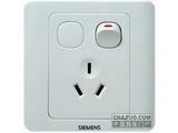 品牌:西门子 Siemens&#10名称:10A三极带开关插座&#10型号:5UB0101-1CC1