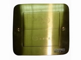 品牌:湖南梅兰日兰 meilanrilan 名称:隐藏式五孔电源地面插座 型号:LXDC-YC