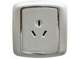 品牌:梅兰日兰 Meilan 名称:白色16A三极插座 型号:L600.AA