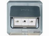 品牌:西蒙 Simtone&#10名称:不锈钢面三位电脑地面插座&#10型号:TD120-F20H