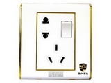 品牌:世耐尔 SINEL&#10名称:带开关连体二、三极插座&#10型号:S600/15/10USL