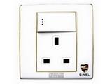 品牌:世耐尔 SINEL&#10名称:带开关带氖灯13A方脚插座&#10型号:S600/15/13N