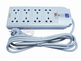 品牌:同方・同福 TOF 名称:总控8联小万用插座 2.5米 型号:TF-B80/2.5m