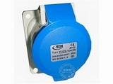 品牌:怡达 YEEDA&#10名称:IP44暗装斜插座3芯(32A220V)&#10型号:1234106